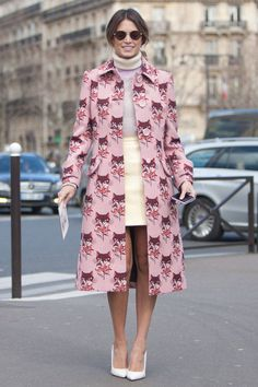 Street Style Paris Fashion Week - Street Style Photos from PFW - Elle    cute ..this is Paris ..
