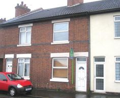 2 bedroom terraced house for sale - Ibstock Road, Ellistown Full description   *** IDEAL INVESTMENT – NO UPWARD CHAIN *** Foster Corley have been instructed to sell this mid terrace property in need of refurbishment and general upgrading. The accommodation briefly comprises; Lounge, Dining Room, Kitchen, Two Good-Sized Bedrooms and Bathroom with... #coalville #property https://coalvilleproperties.com/property/2-bedroom-terraced-house-for-sale-ibstock-road-ellistown/