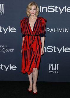 知的なナチュラルビューティぶりが好評を得ているケイト・ブランシェットの、控えめに谷間を覗かせたドレスが絶賛されている。ジョルジオ・アルマーニのフレグランスの広告塔を務めているケイトが、真っ赤なドレスにショートヘアという出で立ちで2017年ホ...