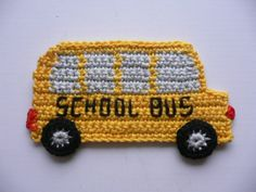 School bus stop sign crocheted application crochet Knit Or Crochet, Crochet Motif, Crochet For Kids, Crochet Flowers, Crochet Toys, Crochet Stitches, Crochet Applique Patterns Free, Crochet Square Patterns, Baby Knitting Patterns