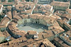 lucca town center..... I've been here before!