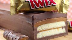 Bake and No Homemade Recipes for Twix Candy Bar Sweet Recipes, Cake Recipes, Dessert Recipes, Picnic Recipes, Baking Cupcakes, Cupcake Cakes, Cup Cakes, Giant Twix Bar, Twix Cake