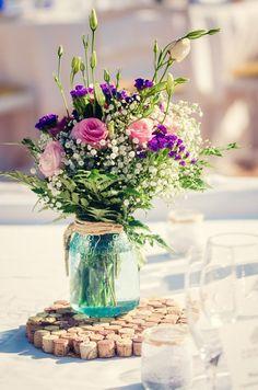 Centre de table pour mariage. Centro de mesas para bodas. Wedding flowers. www.calaclemence.com