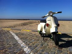Vespa PK50XL. aweee I want one!
