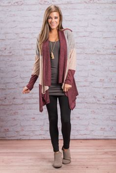 """""""Color Block Open Front Cardigan - Burgundy"""" You better keep your eyes on this cardigan! Because it's going to fly right out of here! It's the perfect light weight cardigan for fall! #newarrivals #shopthemint"""