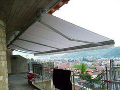 Particolare tenda a braccio estensibile - tende da sole #awnings