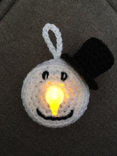 Al een hele poos geleden maakte ik een sneeuwpop van een waxinelichtje op batterijen. Vandaag zag ik er een post over op Facebook en bij de...