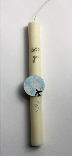 """Μπορείς να ζωγραφίσεις ή να γράψεις με ανεξίτηλο στυλό πάνω στο κερί. Μπορείς να """"ενισχύσεις"""" το σχέδιό σου με κάποιο μικρό διακοσμητικό. #λαμπάδες (sofiapetrakis.com)"""