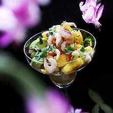 Asiatisk räksallad med mango och koriander - Recept - Tasteline.com