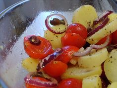 insalata pantesca cipolla pomodorini patate capperi origano basilico