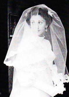 Boda del principe Thibaut de Orleans, conde de la Marca & Marion Gordon-Orr. 23.09.1972. Edimburgo (Escocia)