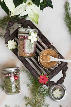 Basilikumsalz und Glühweinzucker - Geschenke aus der Küche + Freebie Kitchen Appliances, Table Decorations, Foodblogger, Cooking, Christmas, Home Decor, Instagram, Diy Christmas Gifts, Secret Santa