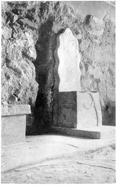 Throne at Knossos