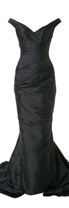 Regilla ⚜ Romona Keveza Romona Keveza, Play Dress, Playing Dress Up, Bridal Collection, Black Diamond, Diamonds, Glamour, Romantic, Dreams
