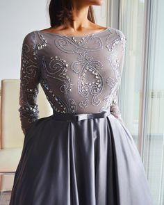Lovely prom dresses to womens formal dress 2019 Elegant Dresses, Pretty Dresses, Beautiful Dresses, Formal Dresses, Dress Dior, Dress Up, Looks Party, Hijab Dress Party, Engagement Dresses