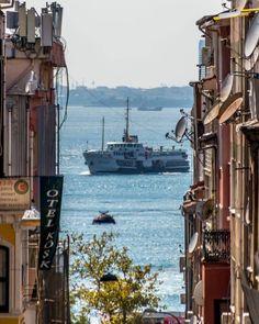 Kadikoy Yeldegirmeni - Istanbul // Photography by Zafer ERDOĞAN - (@zfrerdogan)