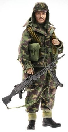 Dragon Royal Navy Marine Corps GPMG gunner David Falklands conflict in 1982 scale action figure). It's shipped off from Japan. British Army Uniform, British Uniforms, British Soldier, Military Photos, Military History, Georgia, Online Games For Kids, Military Action Figures, Falklands War