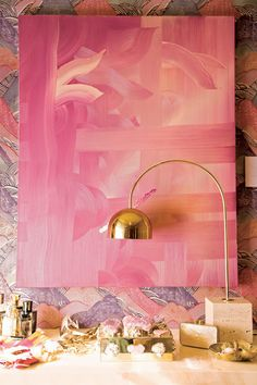 """Designer Kelly Wearstler goes for bravura modernism, applying a """"no-construction, complete decoration renovation"""" to the nondescript guesthouse in her Beverly Hills backyard. Kelly Wearstler, Vintage Interior Design, Home Interior Design, Interior Colors, Luxury Interior, Modern Interior, Pink Painting, Painting Abstract, Makeover Tips"""