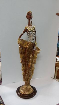afric Black Women Art, Black Art, Black Figurines, Corn Husk Dolls, Mediums Of Art, African Dolls, Africa Art, Painting Of Girl, Detail Art