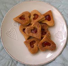 Voňavé koláčiky na každú príležitosť. Gingerbread Cookies, Waffles, December, Xmas, Cooking, Breakfast, Desserts, Food, Basket