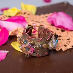 Bohemian recycled leather  Sari fabric  cuff by Soclichejewelry, €32.00
