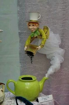 Pigottina fornarina solo busto come angelo.My owl barn beautiful paper mache dioramas – Artofit--Turn into JeanieWould be cool if it was the genie Tea Cup Art, Tea Cups, Floating Tea Cup, Teacup Crafts, Craft Projects, Projects To Try, Diy And Crafts, Arts And Crafts, Mad Hatter Tea