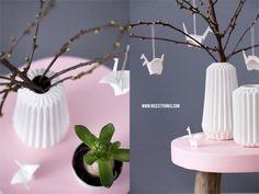 Frühlingsdeko DIY: Origamikraniche aus Modelliermasse Vase Zeitgeist Living nordisch Origami Hocker