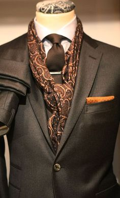 Because we've got the most Stylish Wedding Suit Styles For Nigerian Men which you could choose from the best naija men wedding suits styles of Mode Masculine, Sharp Dressed Man, Well Dressed Men, Mens Attire, Mens Suits, Fashion Moda, Mens Fashion, Suit Fashion, Moda Formal