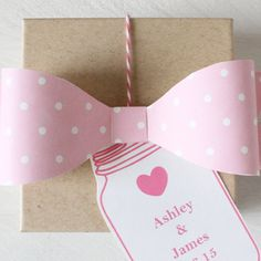Free Printable Polka Dot Bows - in 12 colors.These are amazing Party Printables, Free Printables, Bow Template, Templates, Present Wrapping, Wrapping Ideas, Gift Bows, Printable Wedding Invitations, Printable Paper