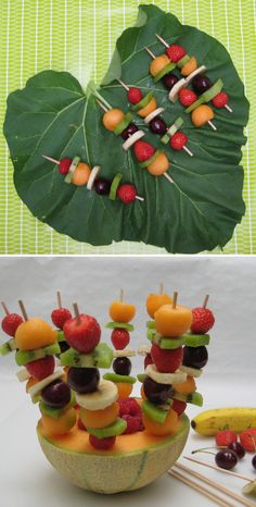 Les brochettes de fruits, une recette facile, à faire avec son enfant - Grandir avec Nathan Healthy Party Snacks, Appetizers For Party, Fruits Decoration, Deco Fruit, Fruit Buffet, Vegan Bar, Dessert Aux Fruits, Watermelon Fruit, Fruit Arrangements