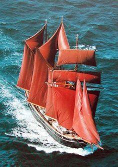 ⚓️ Danish three-masted topsail-schooner