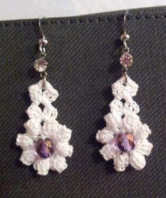Crochet Earrings Pattern, Crochet Necklace, Tatting Earrings, Lace Outfit, Christmas Earrings, Thread Crochet, Loom Knitting, Jewellery Display, Crochet Projects