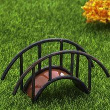 Ponte de Ferro Artificial fadas gnomos de jardim miniaturas musgo terrários estatuetas de resina artesanato para casa acessórios de decoração(China (Mainland))