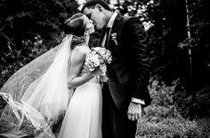 Black and white wedding photography / Akcentas bridal accessories / wedding inspiration / wedding details / bride / groom / flowers / dress  NUOTRAUKA: www.facebook.com/Photoseconds/  https://www.instagram.com/akcentasaccessories/