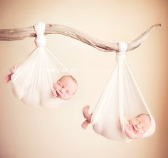 newborn twins photography in orange county - Pinned for Kidfolio, the parenting mobile app that makes sharing a snap. #twins