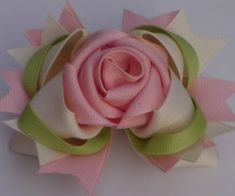 Best selling bows - Page 2 - Hip Girl Boutique Free Hair Bow Instructions-Learn how to make hairbows and hair clips, FREE! Hair Ribbons, Diy Hair Bows, Making Hair Bows, Diy Bow, Diy Ribbon, Ribbon Work, Ribbon Crafts, Flower Crafts, Bow Making