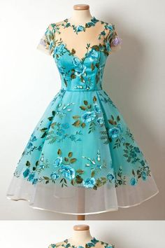 Shop for vintage homecoming dresses at SIMI Bridal, cheap graduation dresses, short prom dresses in affordable price Pretty Outfits, Pretty Dresses, Beautiful Outfits, Unique Homecoming Dresses, Prom Dresses, Dress Prom, Floral Dresses, 1950s Dresses, Graduation Dresses