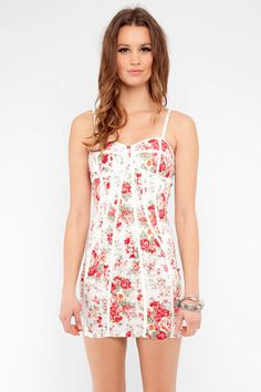 Bustier Floral Dress in Rose $48 at www.tobi.com   Perfect for summer!