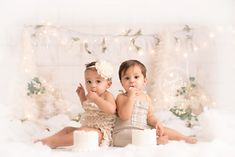 Twin cake smashes are always double the fun! It's always a good time to see the different personalities One thing this duo has in common is they both love cake! ~Clients we love when you TAG/SHARE 1st Birthday Photoshoot, First Birthday Party Themes, First Birthday Pictures, Twin First Birthday, Birthday Ideas, Happy Birthday, Twin Cake Smash, Twins Cake, Twins 1st Birthdays