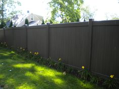 colored V300 vinyl yard enclosure