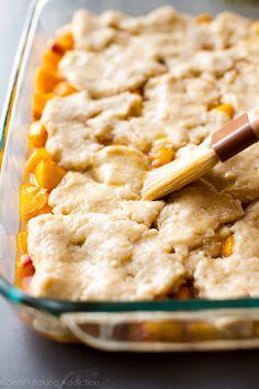 Fresh Peach Cobbler | Sally's Baking Addiction Pecan Cobbler, Peach Crumble Pie, Fresh Peach Cobbler, Cobbler Recipe, Summer Desserts, Just Desserts, Dessert Recipes, Strawberry Rhubarb Crisp, Buttery Biscuits