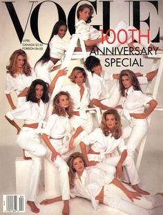 """Đối với một người mẫu được lên bìa tạp chí Vogue là cả một sự phấn đấu vô cùng to lớn, thế nhưng những cô gái này đã """"vượt xa"""" hơn những điều đó."""
