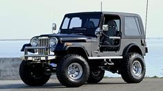 1986 Jeep CJ-7 6 Inch Lift, Roll Cage presented as lot F108 at Anaheim, CA 2015 - image1