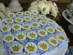 A menos de duas semanas para a chegada do seu príncipe, a advogada Juliana me convidou para participar desse momentotão especial. Os doces...
