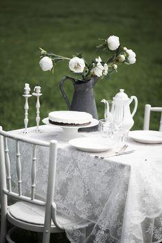 Floorabella's beautiful living: June 2012