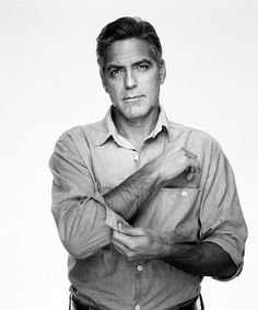 George Clooney - taken by photographer Martin Schuler (Martin Schoeller), who was an assistant to photographer Annie Leibovitz