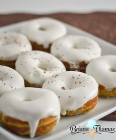 These yummy pumpkin donuts are THM:S, low carb, and gluten/nut free. WIth a unique cream cheese/coconut oil glaze, they're sure to please! Low Carb Donut, Low Carb Sweets, Low Carb Desserts, Healthy Desserts, Donut Recipes, Pumpkin Recipes, Low Carb Recipes, Dessert Recipes, Ketogenic Recipes