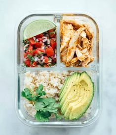 14 Wholesome Work Lunches You Can Pack In The Morning 2019 Salad is great but there are other options! The post 14 Wholesome Work Lunches You Can Pack In The Morning 2019 appeared first on Lunch Diy. Lunch Meal Prep, Easy Meal Prep, Grilled Cheese Avocado, Salmon And Rice, Healthy Snacks, Healthy Recipes, Healthy Eating, Boite A Lunch, Cold Lunches