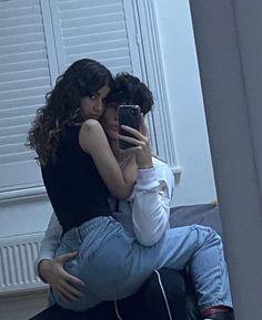 Cute Couples Kissing, Cute Couples Photos, Cute Couple Pictures, Cute Couples Goals, Couple Photos, Couple Style, Couple Goals Relationships, Relationship Goals Pictures, Photos Amoureux
