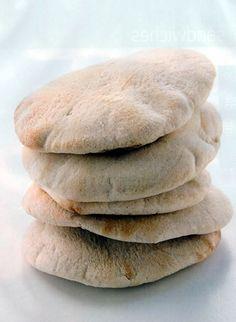 Bollitos integrales | Recetas de Panes | Recetas, Cocina y Comida Boliviana Bread, Food, Oatmeal Muffins, Easy Food Recipes, Breads, Bolivian Food, Brot, Essen, Baking